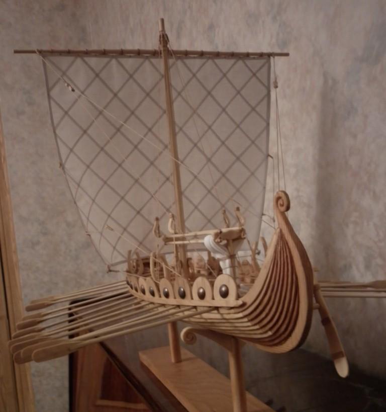 Автор(владелец). предыдущее фото.  Описание модели Драккар (корабль викингов).  Кадр 3 из 6. Знаете ли Вы, что.